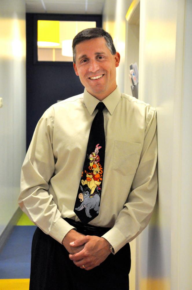 Dr. Lucas Godinez